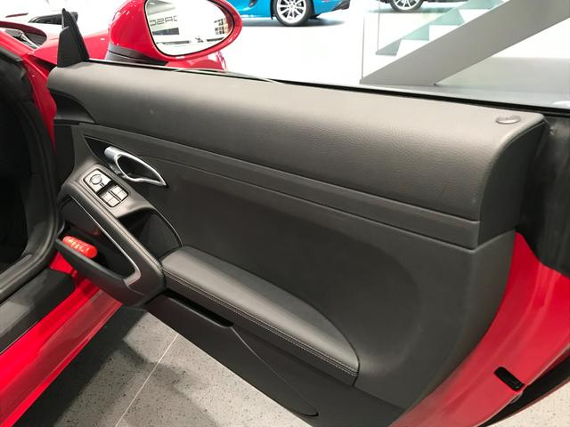 718ボクスター PDK スポーツクロノパッケージ 19インチBoxster Sホイール ダイナミックライトシステムプラス ポルシェエントリー&ドライブシステム BOSEサラウンドシステム レーンチェンジアシスト(11枚目)