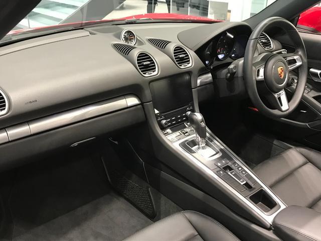 718ボクスター PDK スポーツクロノパッケージ 19インチBoxster Sホイール ダイナミックライトシステムプラス ポルシェエントリー&ドライブシステム BOSEサラウンドシステム レーンチェンジアシスト(34枚目)