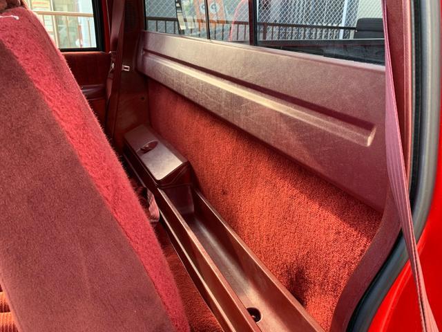 「シボレー」「シボレーK-1500」「SUV・クロカン」「愛知県」の中古車34