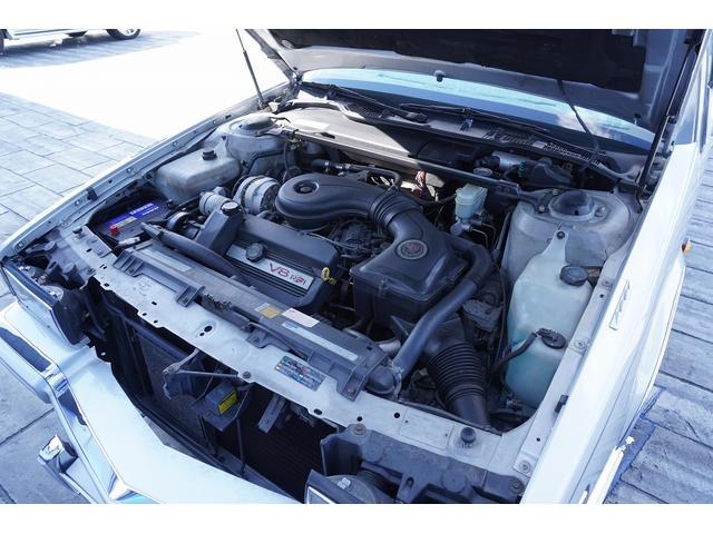 正規ディーラー車 パワーウィンドウ 集中ロック ETC HIDヘッドライト 電動ミラー 電動シート カロッツェリアナビ(20枚目)