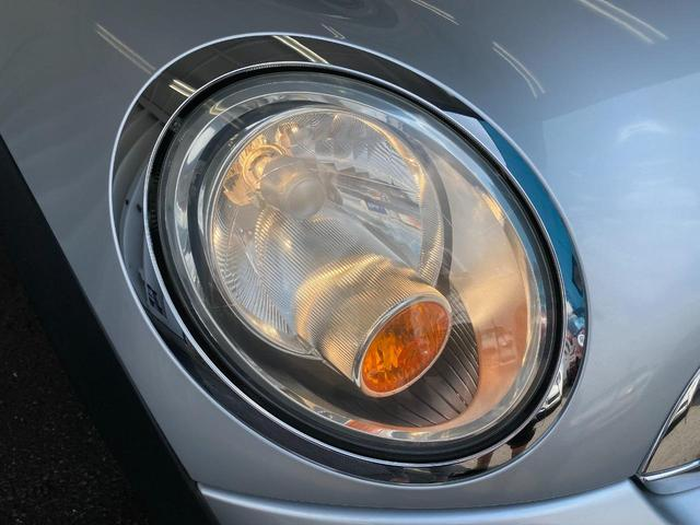 クーパー R56モデル SDナビ パドルシフト 純正クーパー用15インチAW 本革ステアリング 社外肘置き ワンオーナー カーポート保管 新品エンブレム ETC 事故無車 修復歴無車 禁煙車 正規ディーラー車(24枚目)