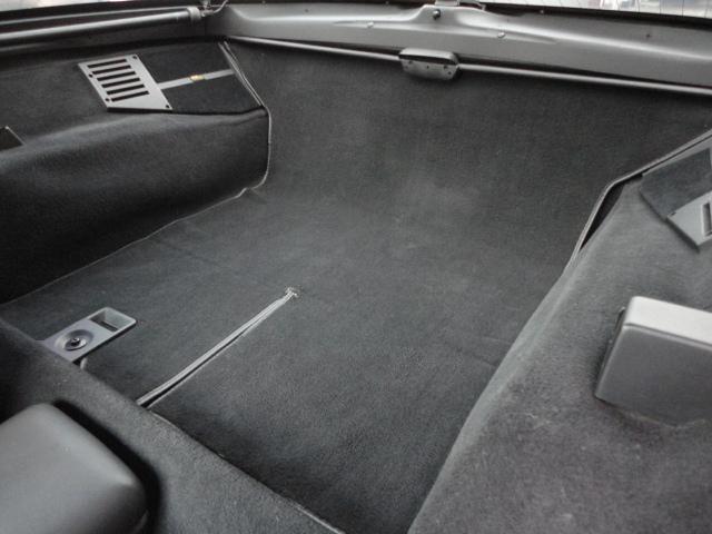 ご覧のお車が気になる方は、画面上の『お気に入りに追加』ボタンをクリックして保存しておいて下さい。後から見返す時にとっても便利!さらにお得な情報を受けれたり、詳しい「お見積り」もカンタンに依頼できます!
