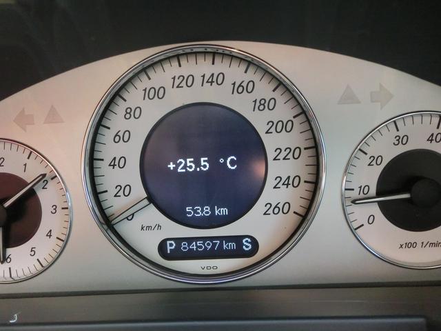 メルセデス・ベンツ M・ベンツ E320 アバンギャルド AMGエアロ AW マフラ-