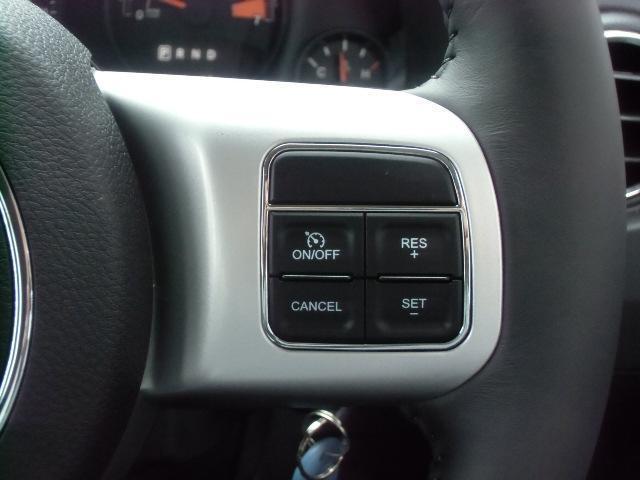 クライスラー・ジープ クライスラージープ コンパス スポーツ 2WD 弊社デモカー 新車保証継承
