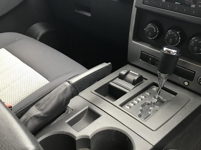 パートタイム式4WDとなります。