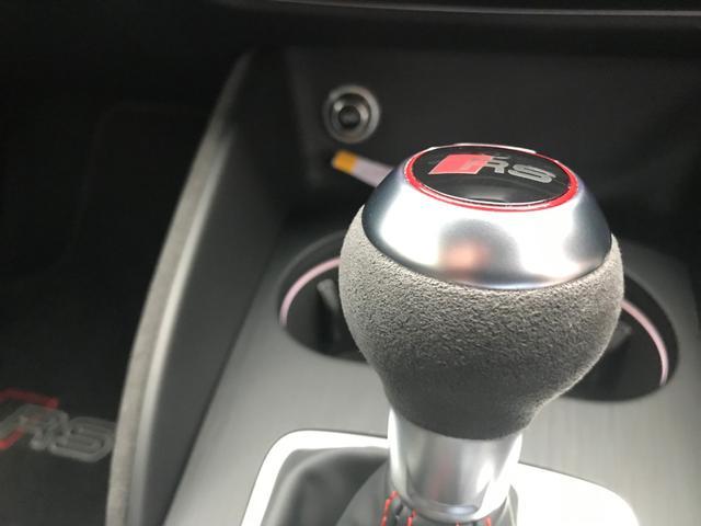 「アウディ」「アウディ RS3」「セダン」「愛知県」の中古車18