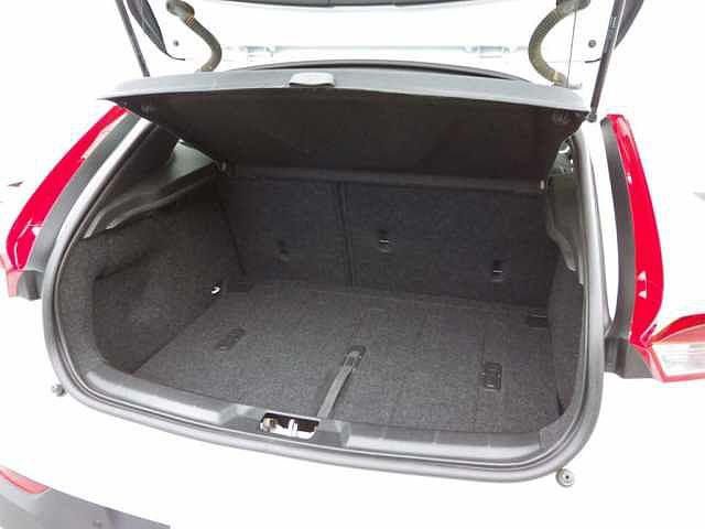 ボルボ ボルボ V40 クロスカントリーD4SE 本革 Cディーゼル ワンオーナー車