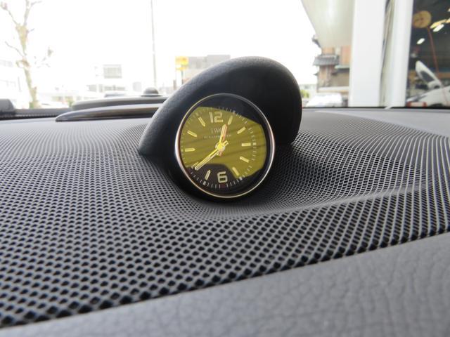 メルセデス・ベンツ M・ベンツ SL63 AMG 左H マジックスカイルーフ 黒革 19AW
