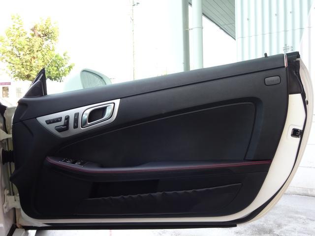 SLK200 AMGスポーツパッケージ・マジックスカイコントロールパノラミックバリオルーフ・レーダーセーフティパッケージ・バックカメラ・ブラックレザーシート・18AW・純正ナビ&TV(21枚目)