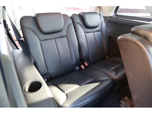 サードシートもとても綺麗です!