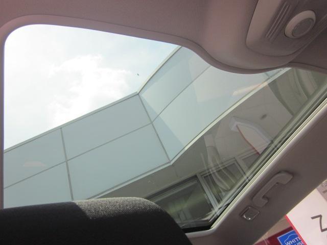 元試乗車 純正ナビ&前方ドライブレコーダー付 正規認定中古車(6枚目)