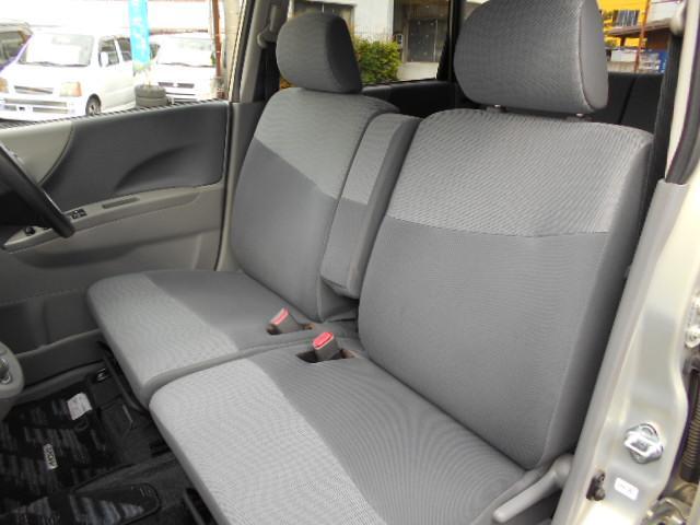 内装こだわりのクリーニング済みです!安くても手は抜きません(笑)全車全力で掃除してありますので、一度確認しに来てくださいね。愛知 大治 格安 軽四 安い 中古車 ジーフリー  G-FREE