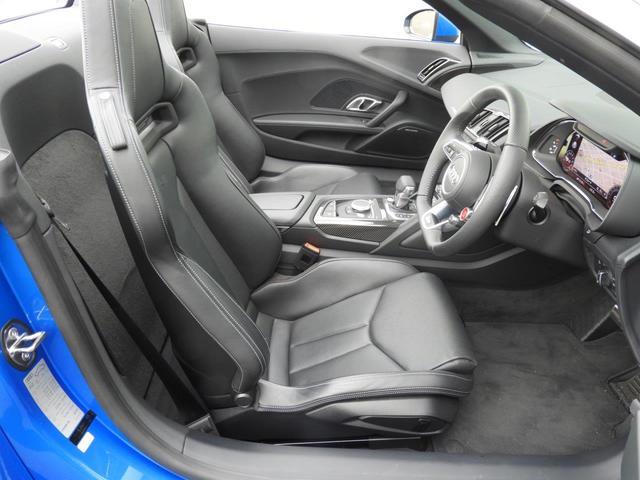 V10 5.2FSI 元デモカー禁煙 認定中古車(10枚目)