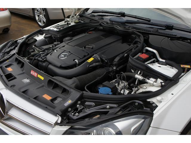 メルセデス・ベンツC180アバンギャルド ユーティリティーPKGが入庫致しました。純正ナビ  キーレスゴー プッシュスタート バックカメラなど嬉しい装備満載です。