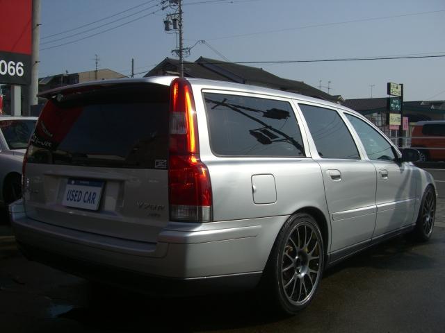 ボルボ ボルボ V70 R AWD プレミアム革 SR 社外AW 同色P済 安心保証