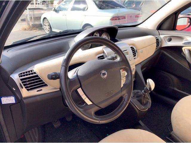 「ランチア」「ランチア イプシロン」「コンパクトカー」「愛知県」の中古車15