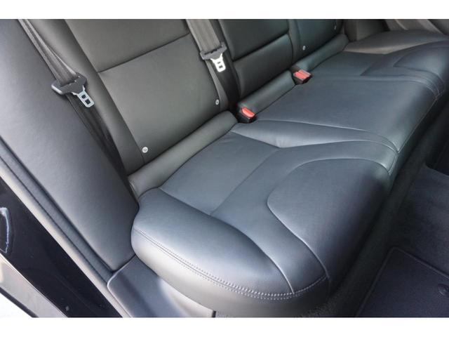 T3 SE SELKT認定中古車 インテリセーフ キーレスエントリー 本革シート ETC バックモニター パワーシート(17枚目)