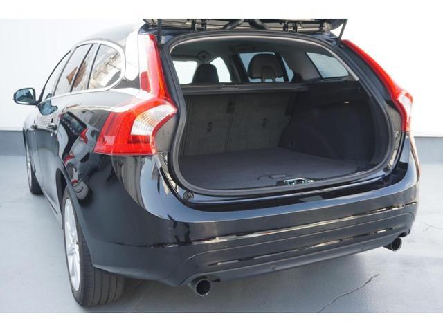 T3 SE SELKT認定中古車 インテリセーフ キーレスエントリー 本革シート ETC バックモニター パワーシート(18枚目)