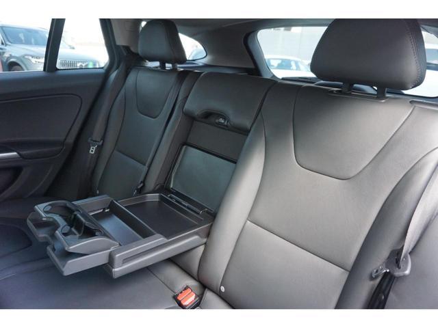 T3 SE SELKT認定中古車 インテリセーフ キーレスエントリー 本革シート ETC バックモニター パワーシート(20枚目)