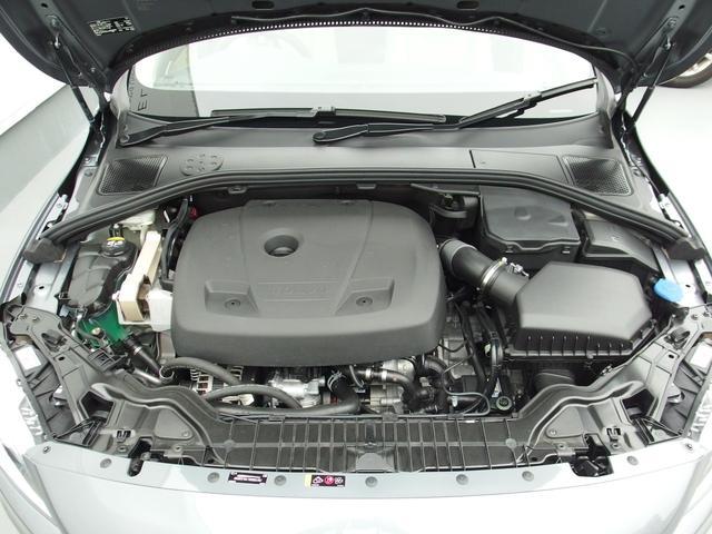 ボルボ ボルボ V60 CC T5 AWD CLASSIC 登録未使用車