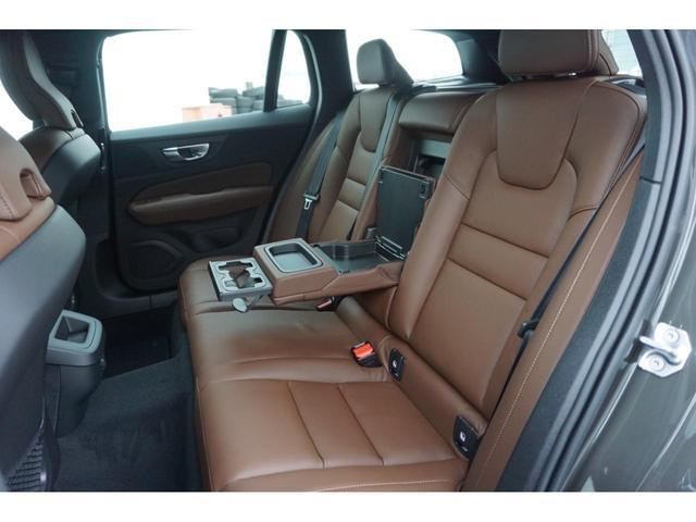 クロスカントリー B5 AWD SELEKT認定中古車 インテリセーフ 全周囲カメラ パワーシート シートヒーター パワーテールゲート 本革シート AWD(18枚目)