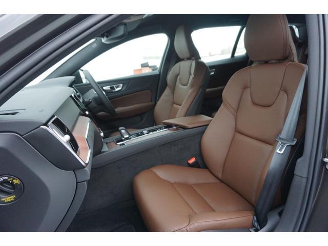 クロスカントリー B5 AWD SELEKT認定中古車 インテリセーフ 全周囲カメラ パワーシート シートヒーター パワーテールゲート 本革シート AWD(19枚目)
