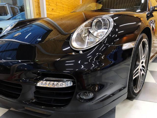 911ターボ PCCB スポーツクロノパッケージ バックカメラ PASM シートヒーター コンフォートシート 19インチターボホイール Bluetooth バイキセノン レザーインテリア(5枚目)