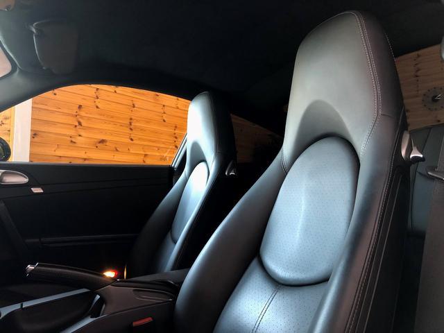 911ターボ PCCB スポーツクロノパッケージ バックカメラ PASM シートヒーター コンフォートシート 19インチターボホイール Bluetooth バイキセノン レザーインテリア(9枚目)