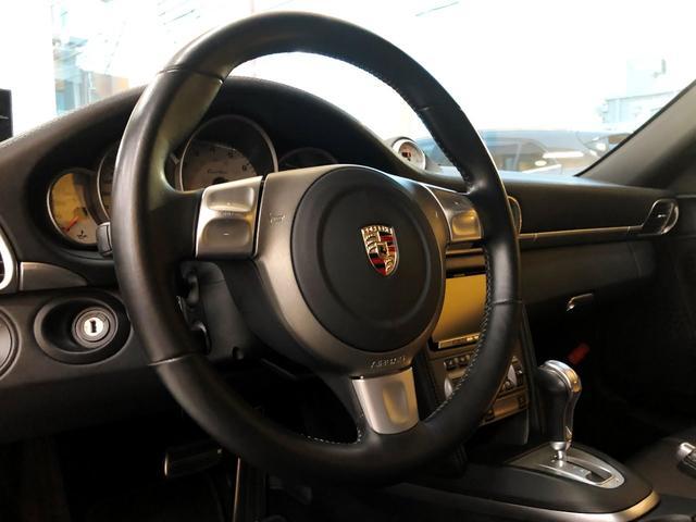 911ターボ PCCB スポーツクロノパッケージ バックカメラ PASM シートヒーター コンフォートシート 19インチターボホイール Bluetooth バイキセノン レザーインテリア(11枚目)