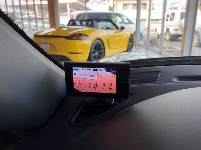 911ターボ PCCB スポーツクロノパッケージ バックカメラ PASM シートヒーター コンフォートシート 19インチターボホイール Bluetooth バイキセノン レザーインテリア(12枚目)