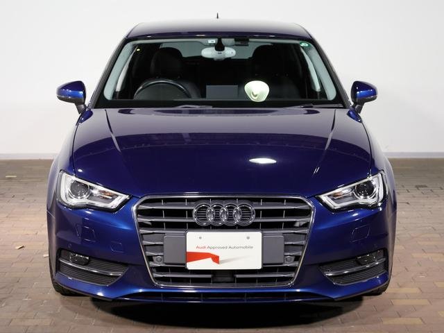 モデル名由来(Aシリーズ) Audiの最もコアモデル。アルファベットの最初の文字『物事の始まり』の意味もあります。