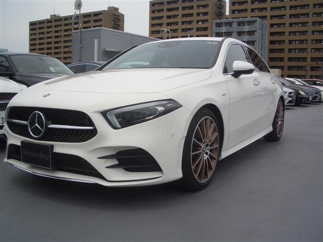 メルセデス・ベンツ Aクラスセダン A250 4MATIC セダン エディション1 2年保証 新車保証