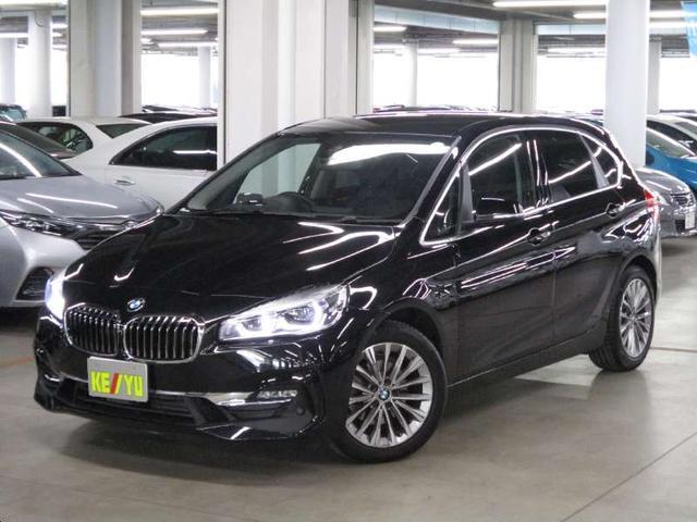 BMW 218dアクティブツアラー ラグジュアリー アドバンスドアクティブセーフティパッケージ コンフォートパッケージ ドライブレコーダー シートヒーター 黒レザー電動シート シートメモリー iDriveHDDナビ バックカメラ BTオーディオ HUD