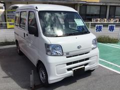 沖縄の中古車 ダイハツ ハイゼットカーゴ 車両価格 92万円 リ済別 平成29年 6K ホワイト