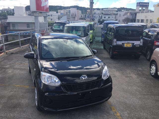 沖縄の中古車 ダイハツ ブーン 車両価格 99万円 リ済別 平成28年 1.3万km ブラックマイカM