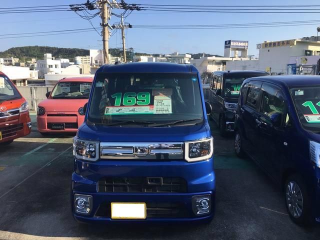 沖縄の中古車 ダイハツ ウェイク 車両価格 169万円 リ済別 平成29年 0.4万km ブルーマイカM