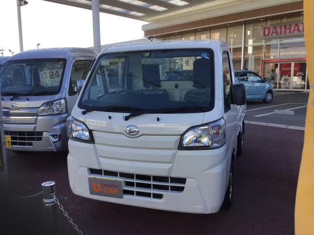 沖縄の中古車 ダイハツ ハイゼットトラック 車両価格 96万円 リ済別 2018(平成30)年 0.2万km ホワイト