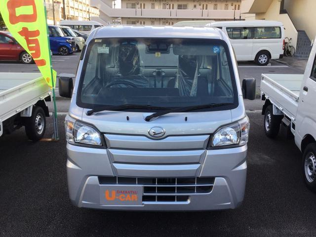 沖縄の中古車 ダイハツ ハイゼットトラック 車両価格 93万円 リ済別 2018(平成30)年 0.5万km ブライトシルバーM
