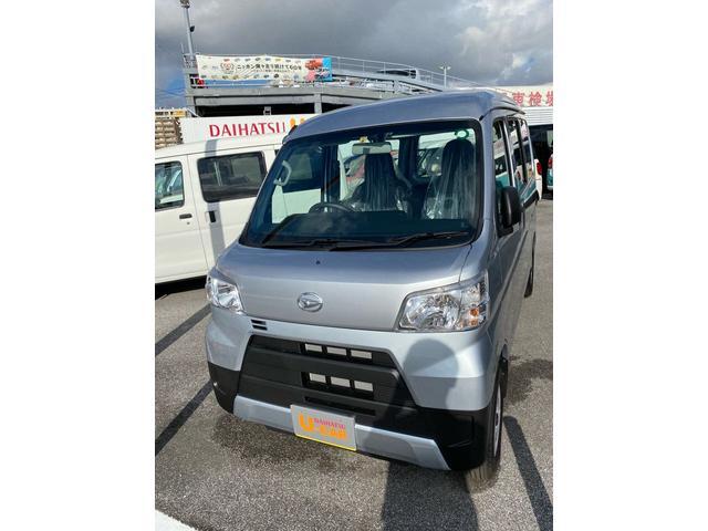 沖縄の中古車 ダイハツ ハイゼットカーゴ 車両価格 115万円 リ済別 2020(令和2)年 4km ブライトシルバーM