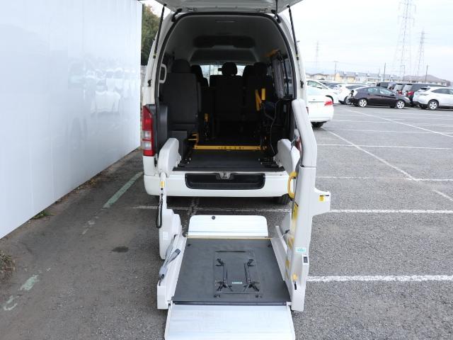 トヨタ ウェルキャブ 車椅子スロープタイプB バックモニタ