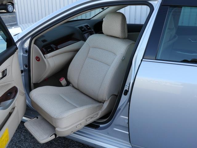 トヨタ Rサルーン ウェルキャブ HDDナビ フルセグ クルコン