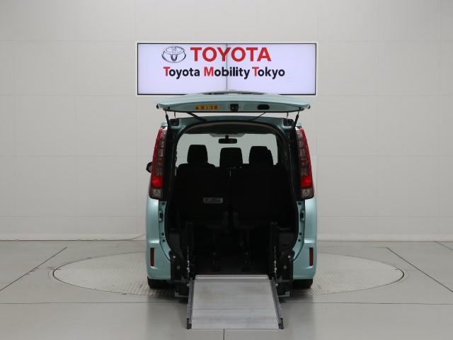 「トヨタ」「ノア」「ミニバン・ワンボックス」「東京都」の中古車