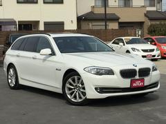 BMW528iツーリングハイライン サンルーフ 黒革シート