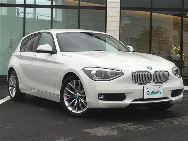 BMW 1シリーズ 1シリーズ ファッショニスタ 490台限定車 本革シート