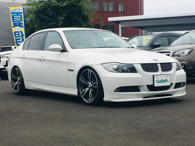 BMW 3シリーズ 323i 社外メモリナビ/ワンセグTV/DVD/SD/USB/AUX/ETC/MTモード付AT/シートヒーター/LEDライト/フォグ/オートライト/スマートキー/革巻ステアリング/タイヤ積込/ダウンサス