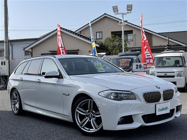 BMW 5シリーズ 528iツーリング Mスポーツ サンルーフ/メーカーナビ/バックカメラ/黒レザーシート/純正19インチAW/クリアランスソナー/クルコン/パドルシフト/前席パワーシート/パワーバックドア/全席シートヒーター/スマートキー/ETC