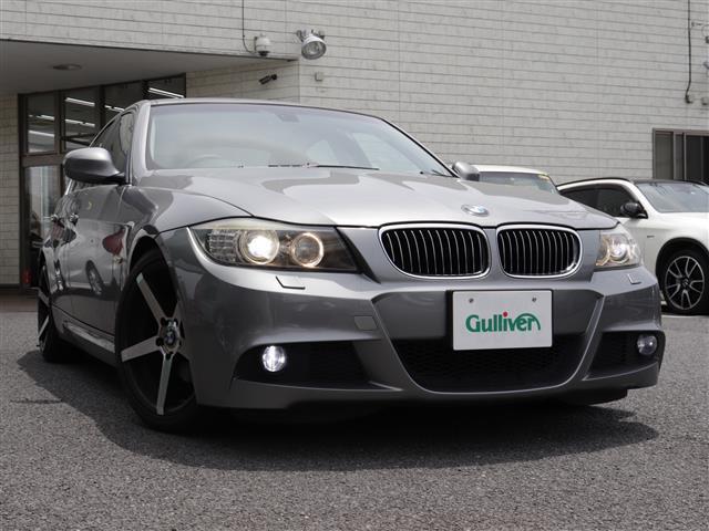 BMW 3シリーズ 325i 3シリーズ サンルーフ 黒革調シートカバー HIDヘッドライト HIDフォグ ローダウン 社外18インチアルミホイール 純正HDDナビ