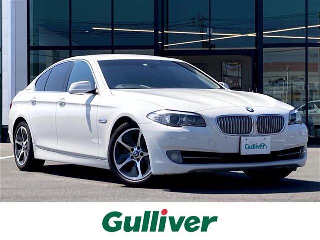 BMW 5シリーズ アクティブハイブリッド5 純正HDDナビ Bluetooth接続可 バックカメラ 純正アルミ ETC シートヒーター エアシート メモリ付きパワーシート HIDヘッドライト クルコン パドルシフト 電動パーキング スペアキー