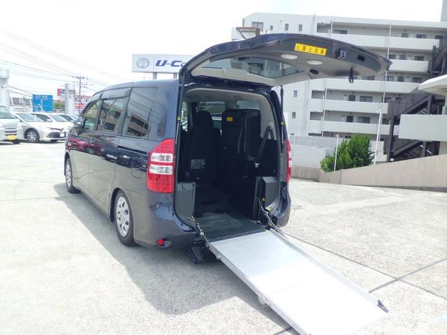 トヨタ X Lセレクション 車いす仕様車スロープタイプI 1脚仕様
