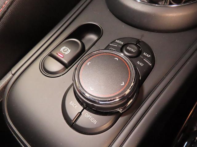 クーパーS E クロスオーバー オール4 PHEV 4WD 衝突被害軽減ブレーキ ACC シートヒーター オートトランク(12枚目)